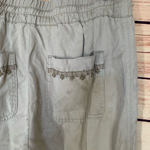 Anthropologie Pants - Anthro Hei Hei Embroidered Joggers